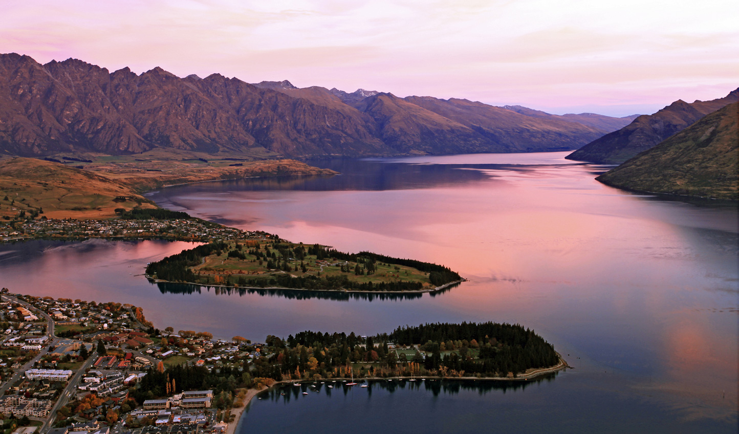 Kickstart your South Island discovery in the adventure capital of the world; Queenstown