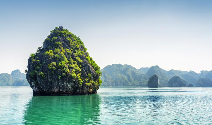 Halong Bay, Vietnam | Black Tomato