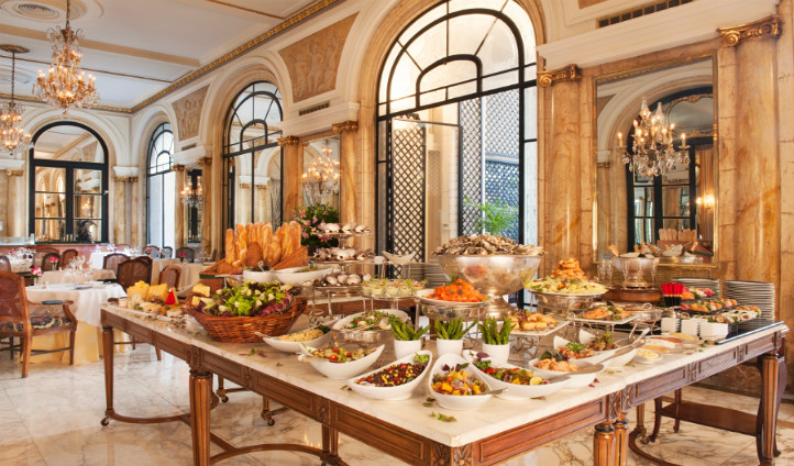 Tuck into breakfast at L'Orangerie