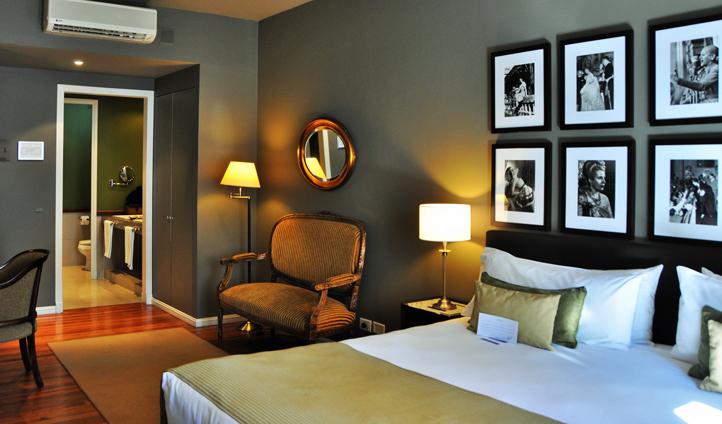 'La Primera Dama' Room