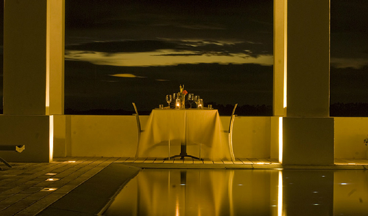Why not share a romantic evening dining by the pool
