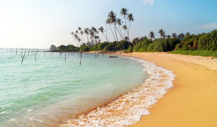 Beach near Weligama, Sri Lanka | Black Tomato