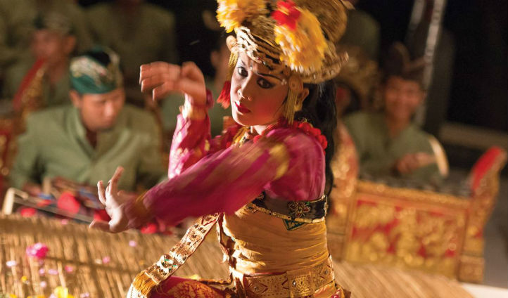 Balian dancer at the Four Seasons Sayan, Bali