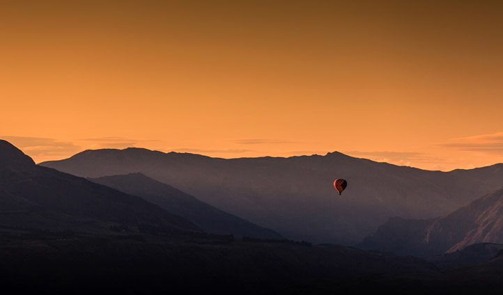 Balloon ride over Queenstown's fiery sunsets
