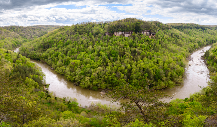 Take a trainride through the Big South Fork forests