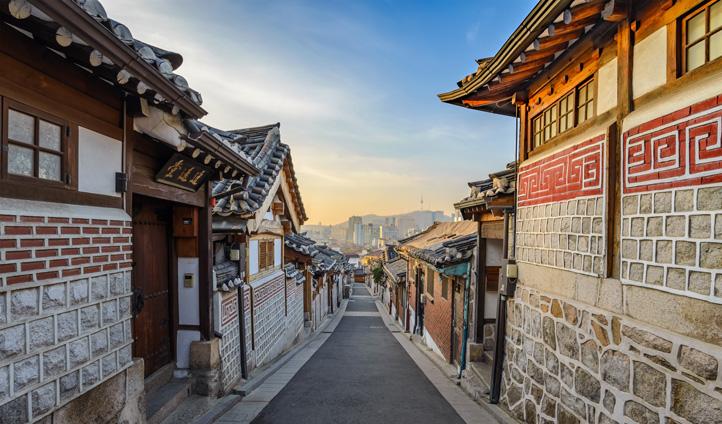 Wander the streets of Bukchon Hanok village in Seoul
