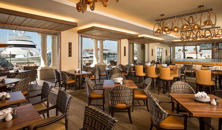 The restaurant at Balboa Bay Resort