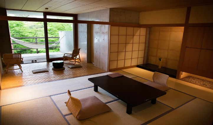 Soak in garden views in your Japanese premier room