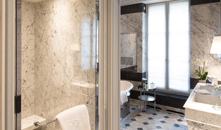 Beautiful marble bathroom at La Réserve