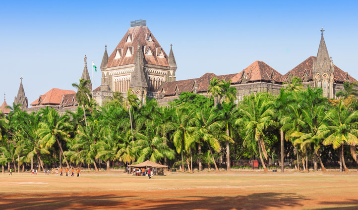 Palm trees, cricket and colonial architecture is how Mumbai rolls