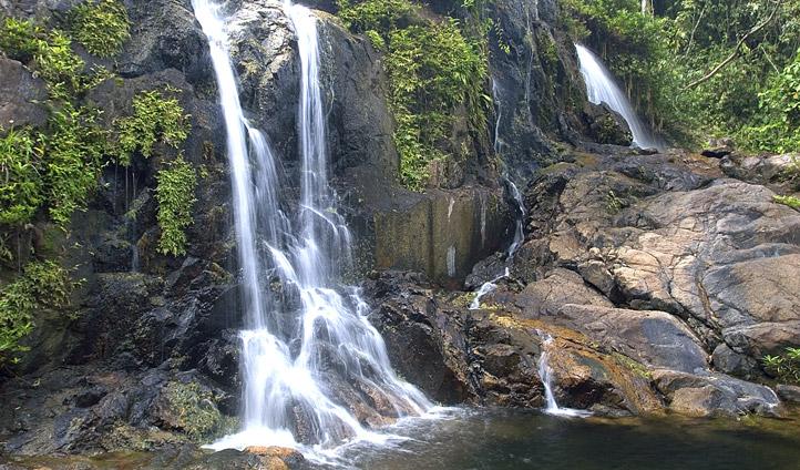 Cayo waterfall