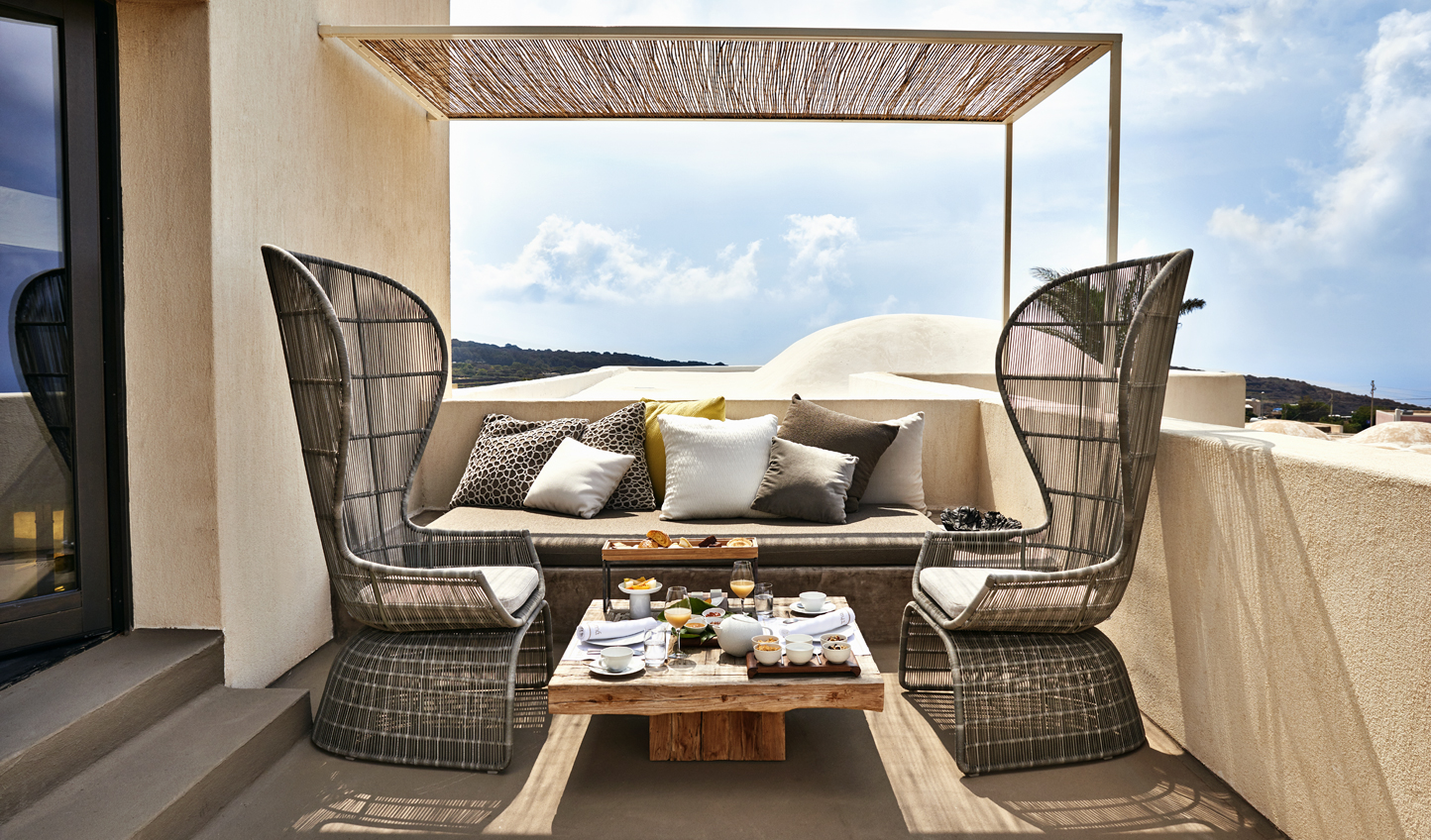 Dine out on your private terrace