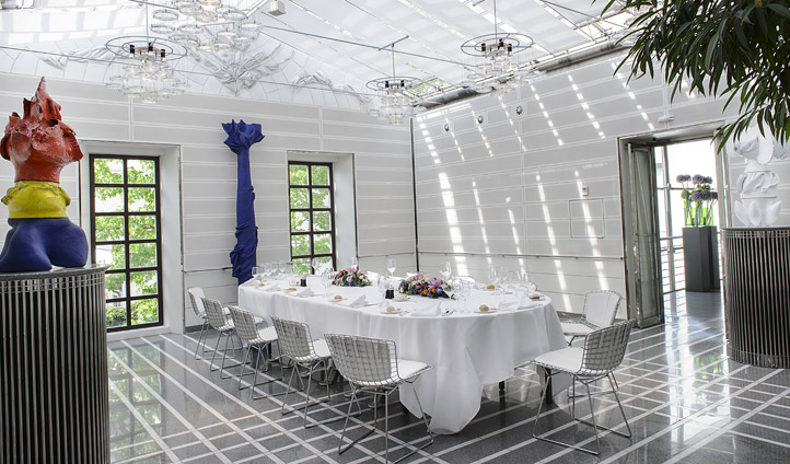 Contemporary private dining
