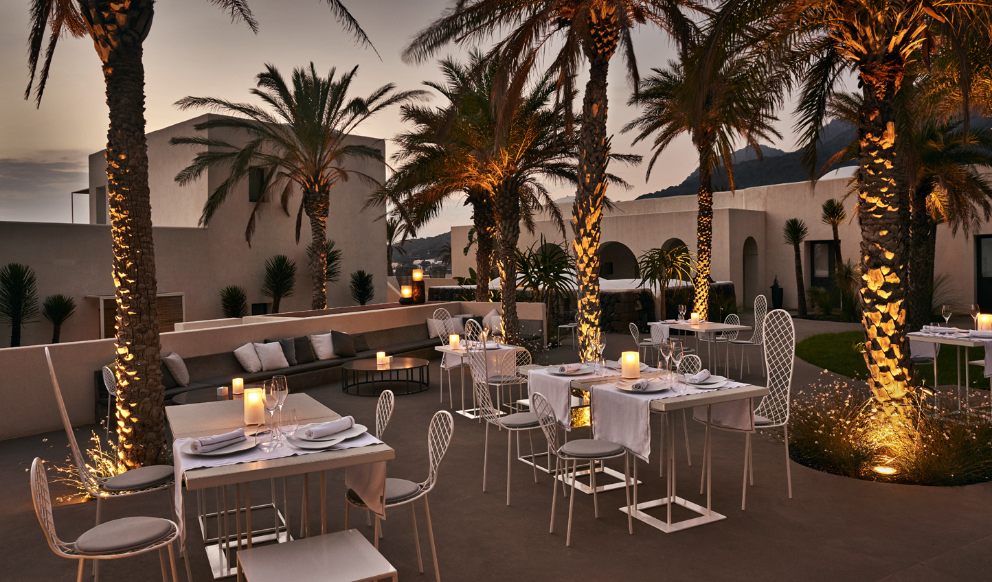 Dine out beneath the stars and amid the palms