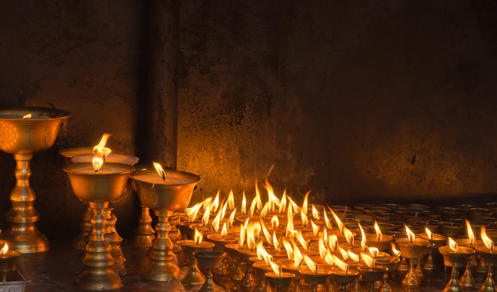 Visit the temples of Kathmandu