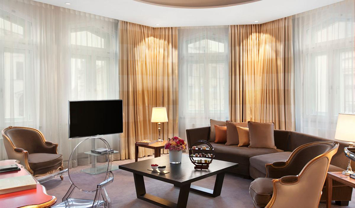 The Royal Suite oozes luxury with calf skin leather flooring