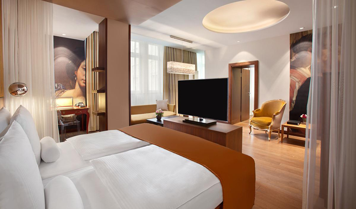 The Junior Suites balance tradition with modern design