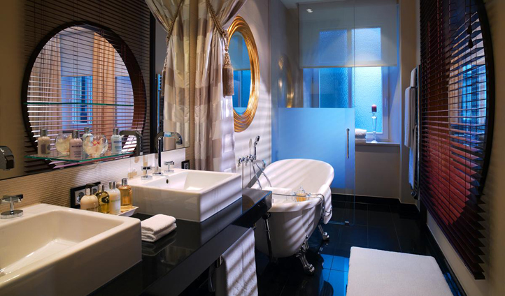 The truly luxurious suite bathrooms