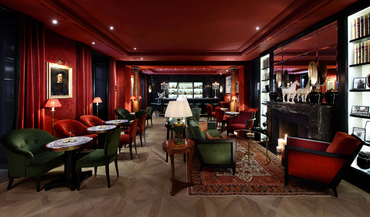 Deep Sacher reds and earthy Salzburg greens create a cosy atmosphere in Sacher Bar