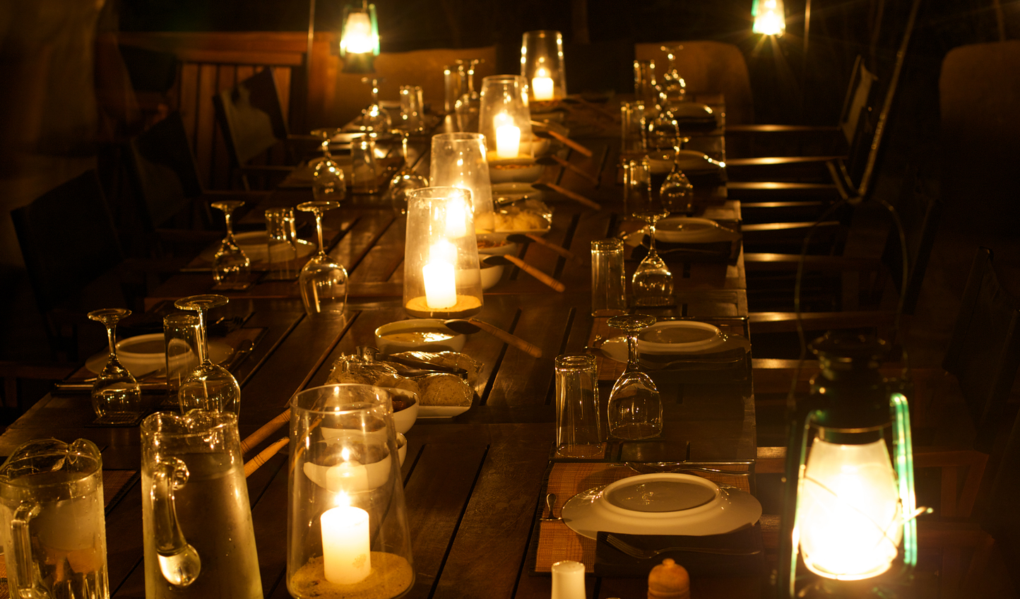 Enjoy authentic Sri Lankan cuisine by the candlelight
