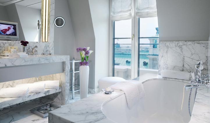 The marble bathrooms feature underfloor heating