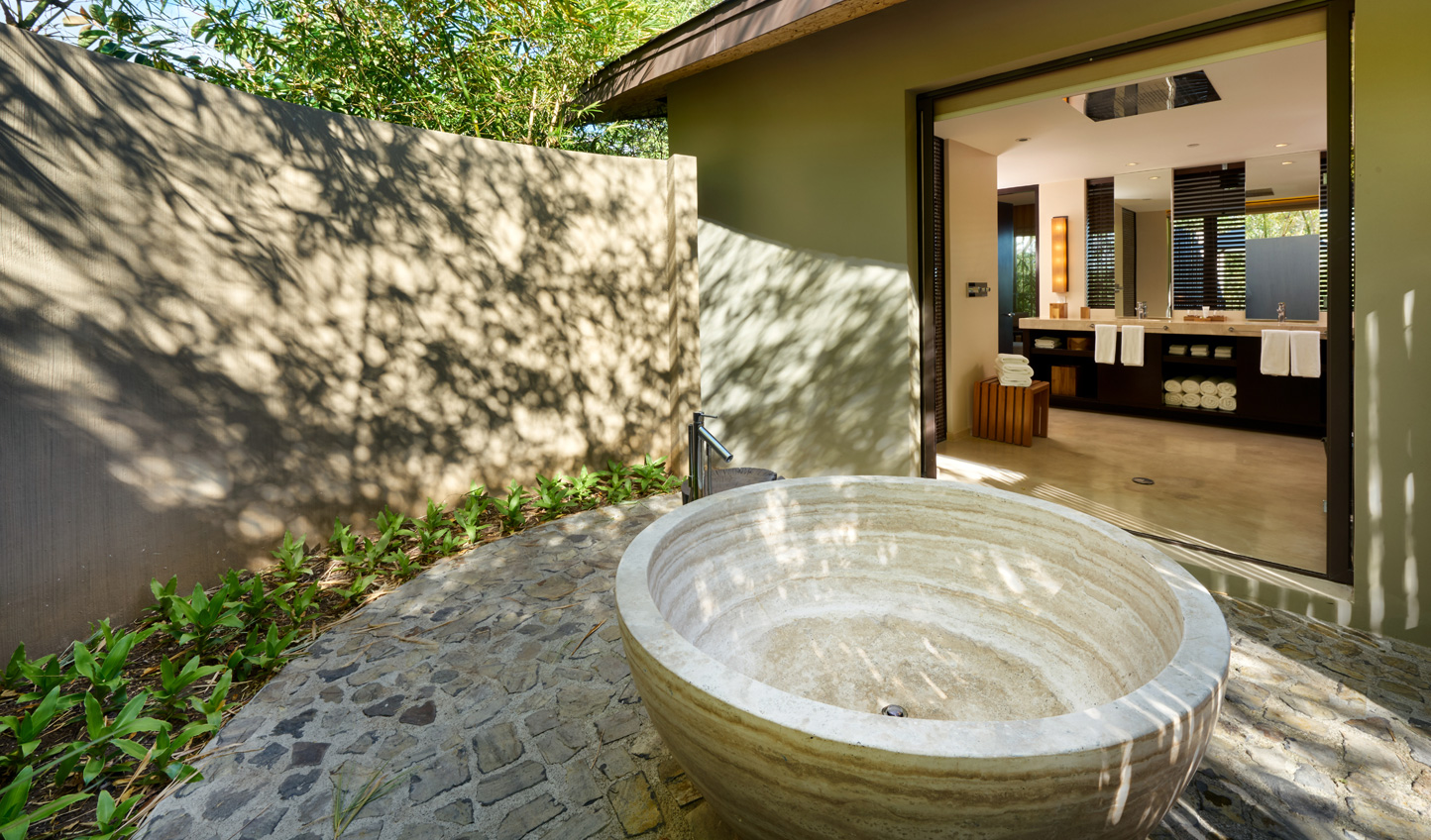 Relax in your tub under the hot sun