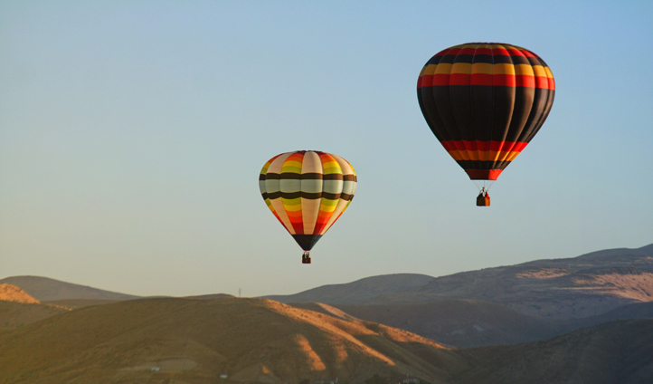 See the Grand Staircase and Escalante from above on a private hot-air balloon flight