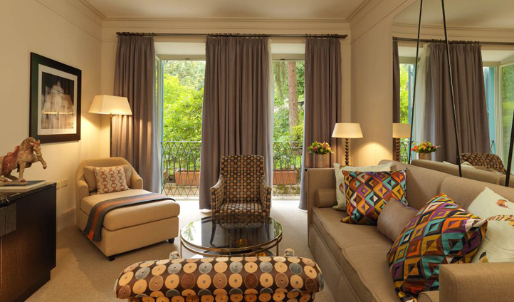 Vibrant colours bring that famous Italian style to Hotel de Russie's suites