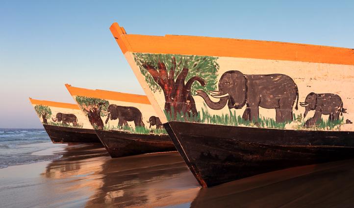 Float across Lake Malawi on a traditional Malawian boat