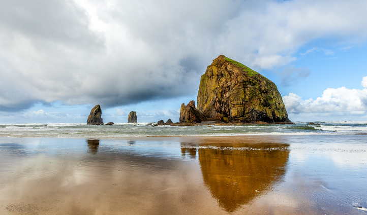 The iconic Haystack Rock at Cannon Beach