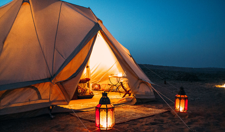 There's nothing like falling asleep in the splendid isolation of the desert