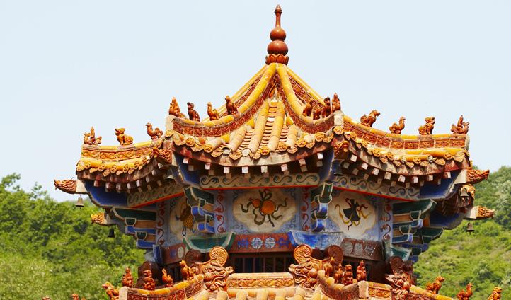 Master the art of Shaolin kung fu at Shaolin temple