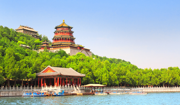 Feel part of the Chinese Imperial Dynasties in a visit to the Summer Palace