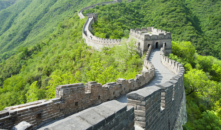 Escape the crowds in the quieter Mutianyu section of the Great Wall