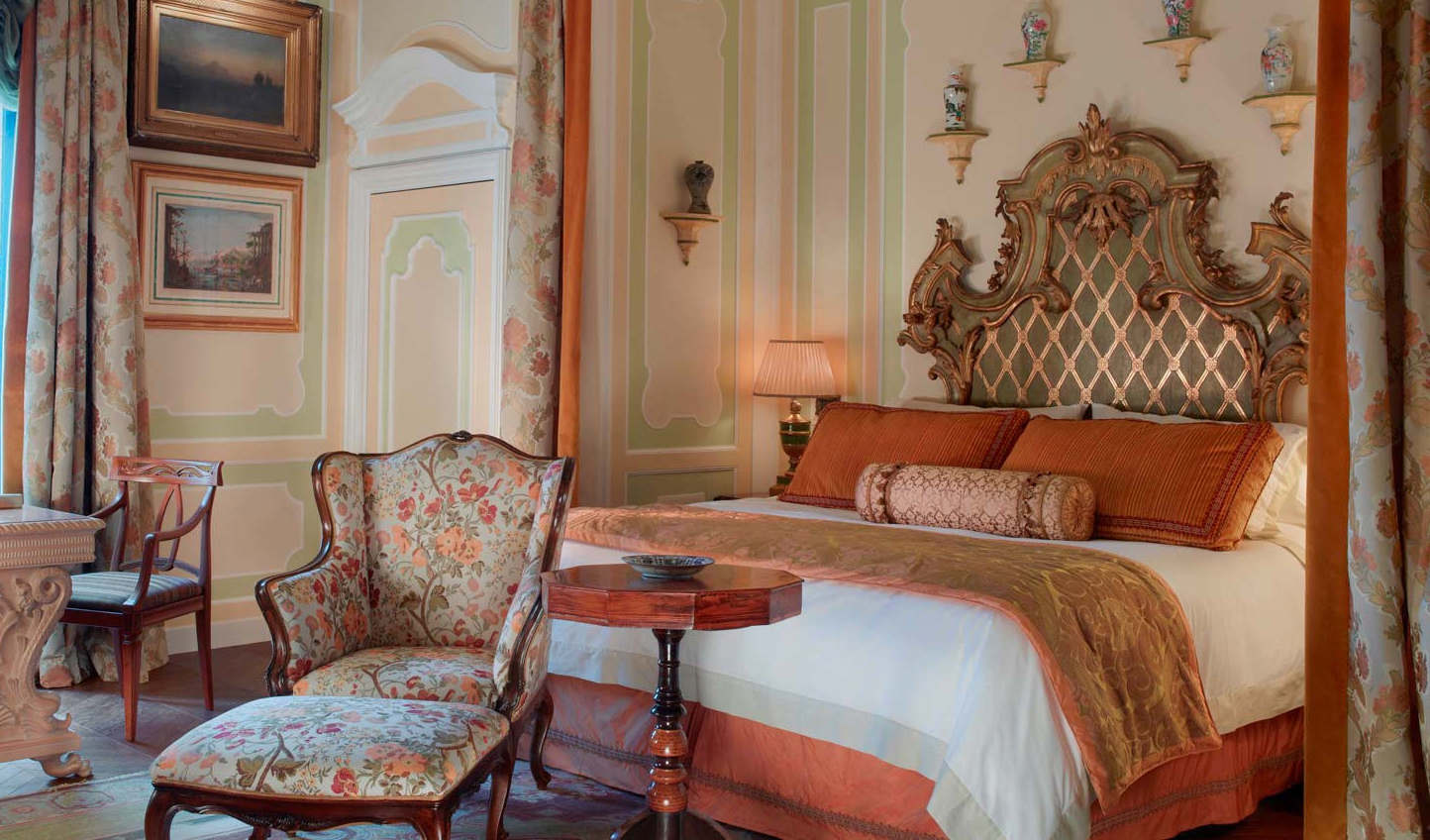 Traditional Venetian elegance in the Hemingway Suite