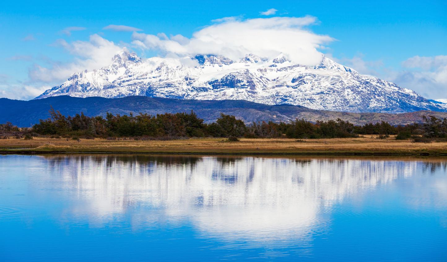 Lago-del-Toro_537070318