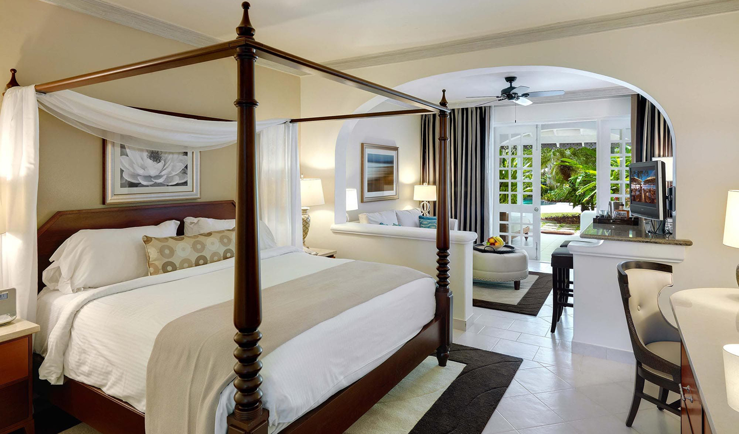 Relax in the tropical splendour of the colonial-inspired suites