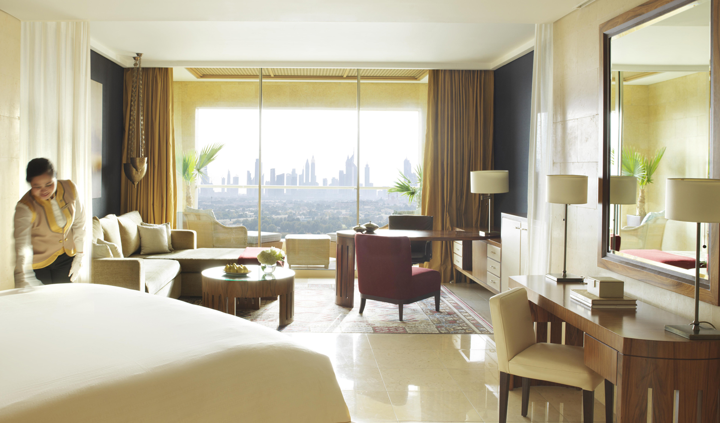 Wake up to breathtaking views over the Dubai skyline