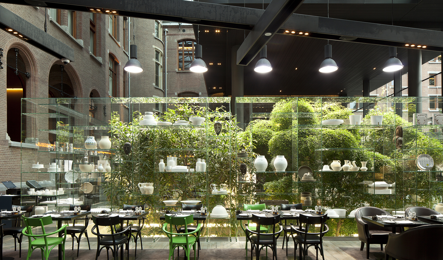 Lunch in a glass courtyard anyone? Yes, please.