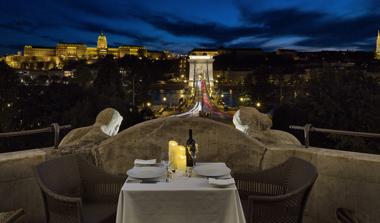 Now that's what we call dinner with a view