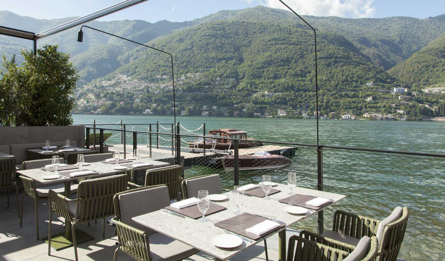 Dine under the Italian sun