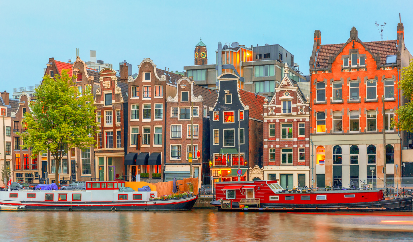 Admire the stunning canal architecture of Amsterdam