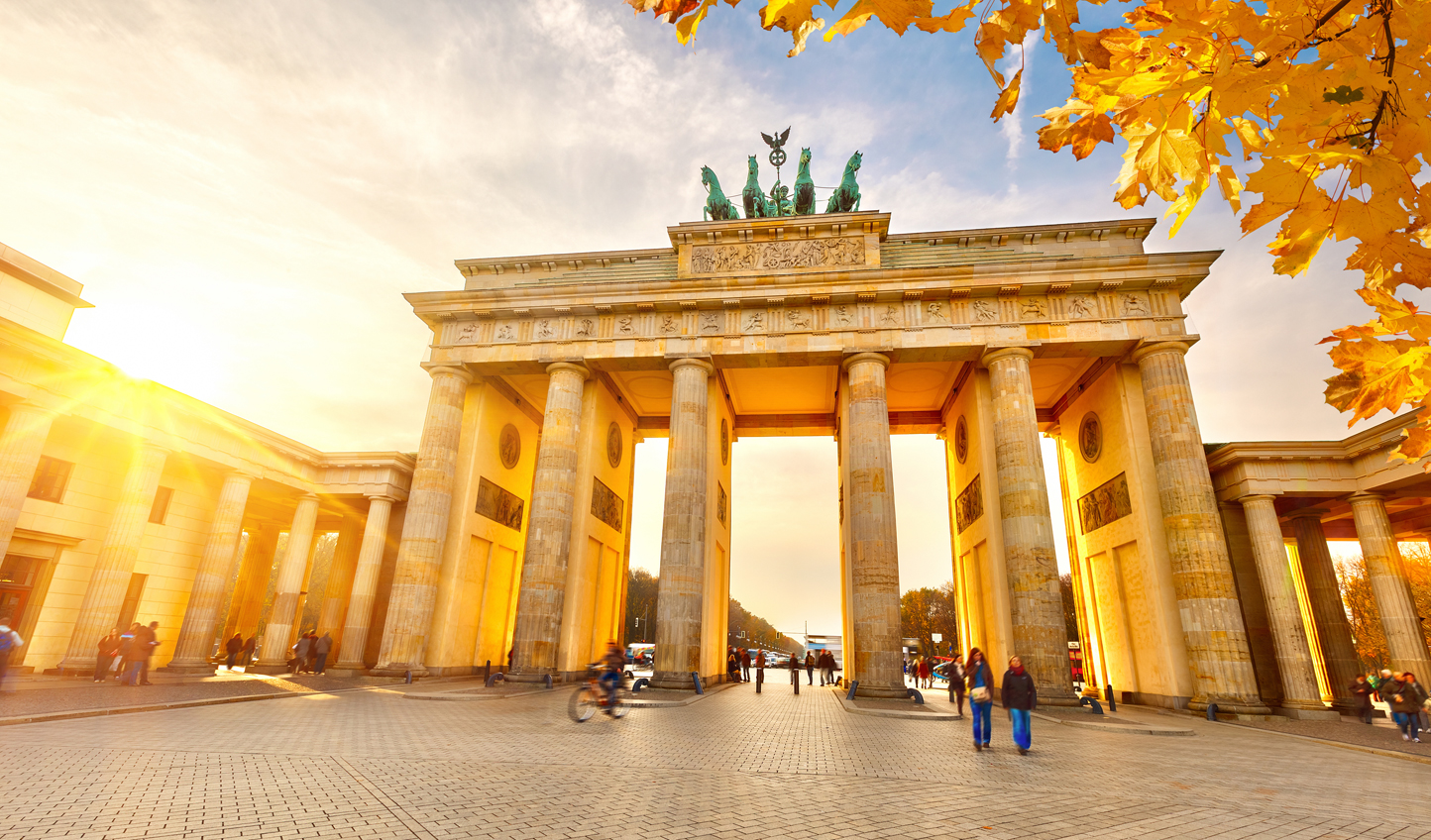 Enjoy your final dinner in Berlin in the shadow of one of its greatest monuments