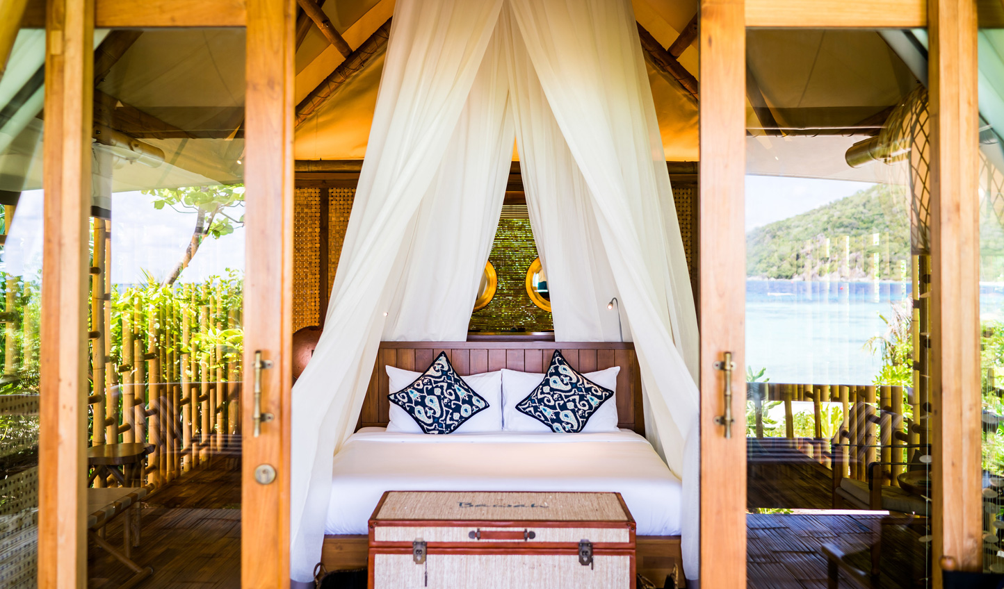 Barefoot luxury hideaways