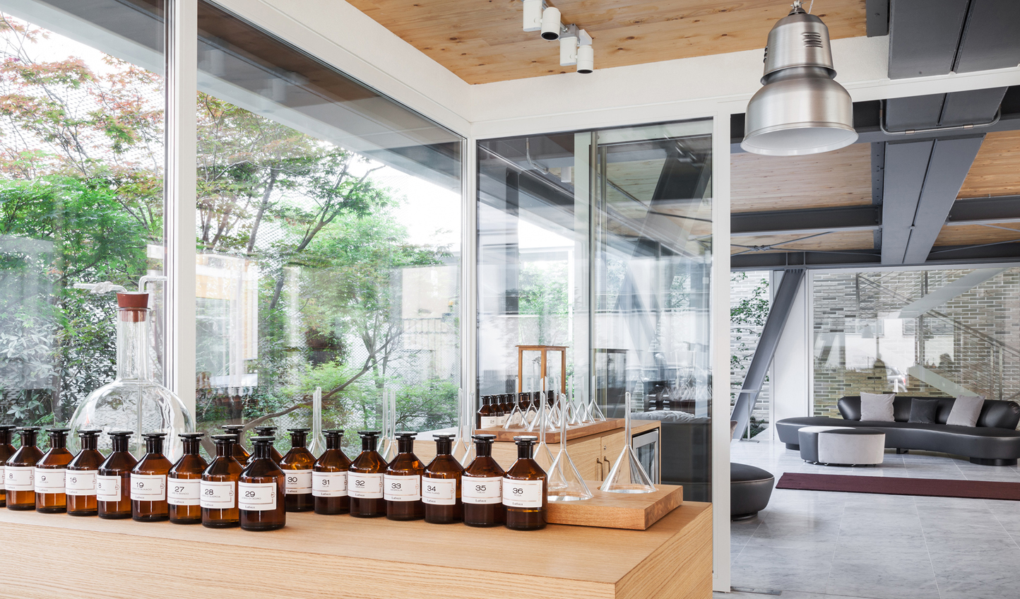 Learn the art of perfume making at LabSolue