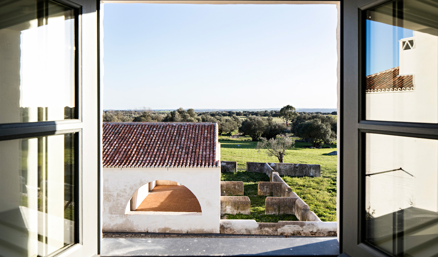 Wake up to picturesque views across the Alentejo