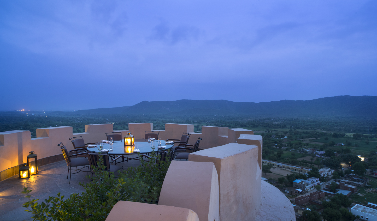 Dinner with a view at Alila Fort Bishangarh