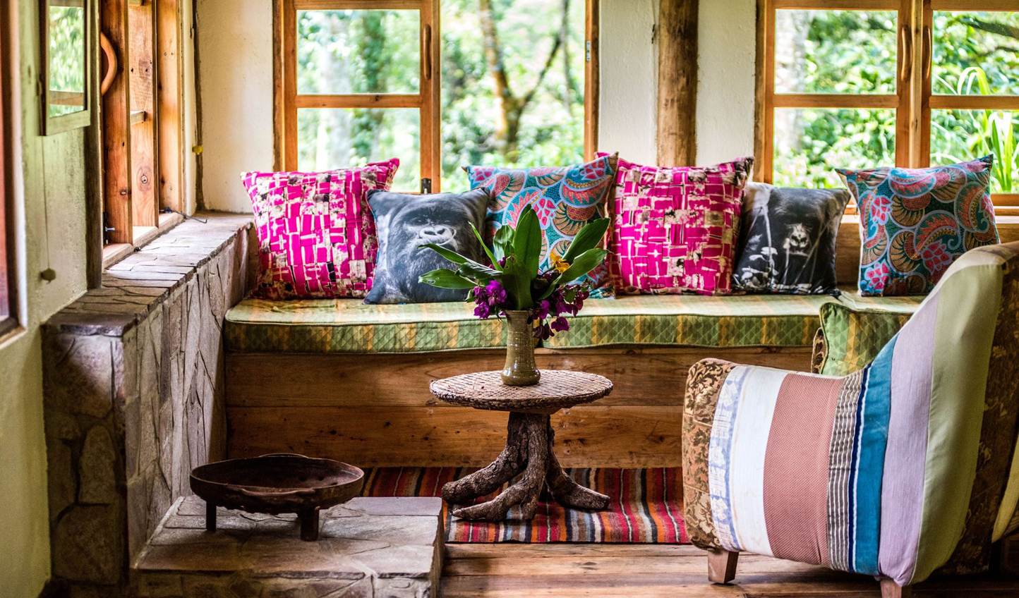Relax in your chic yet traditional banda