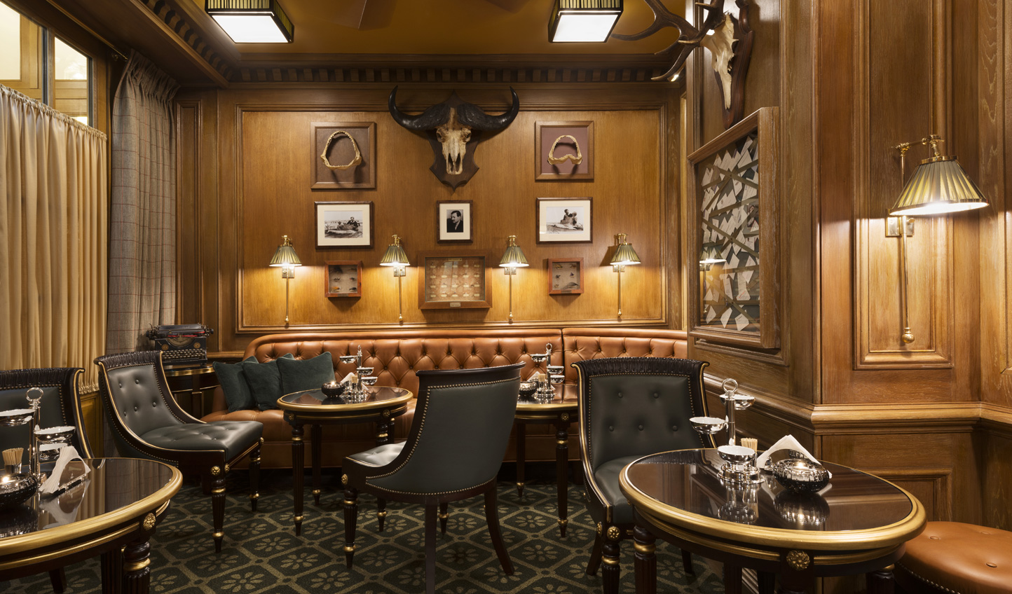 End your day sipping cocktails in the stylish Bar Hemingway