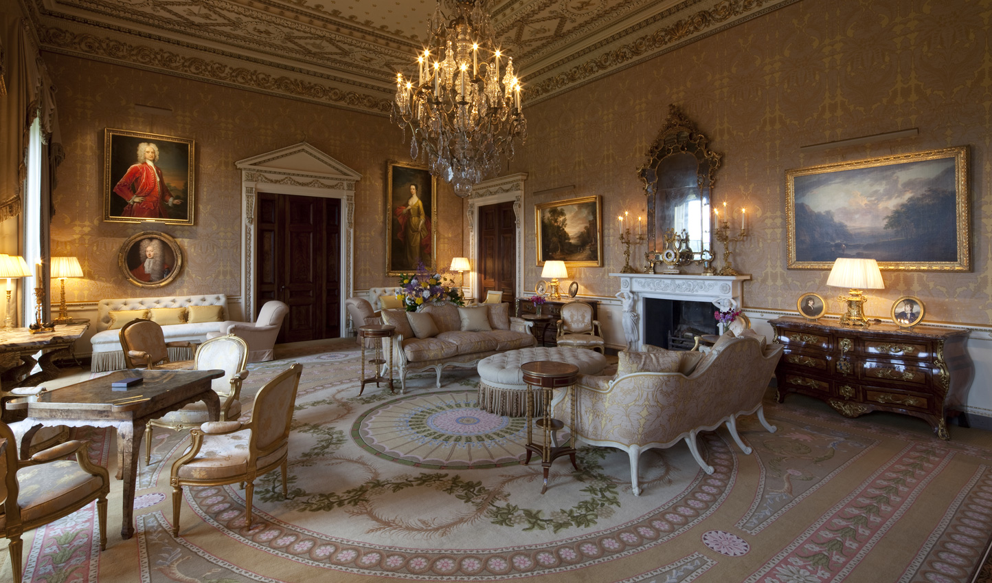 Relax into the plush drawing room with a whisky and good book in hand